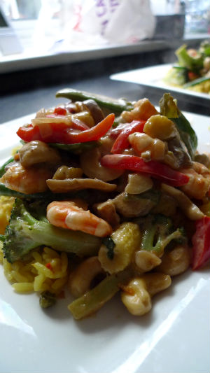 Chilli and coconut prawn curry