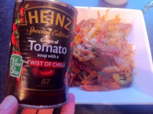 heinz cream of tomato with a hint of chilli